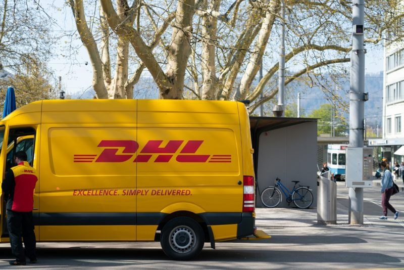 Case: Acumatica ERP extension and integration with DHL delivery